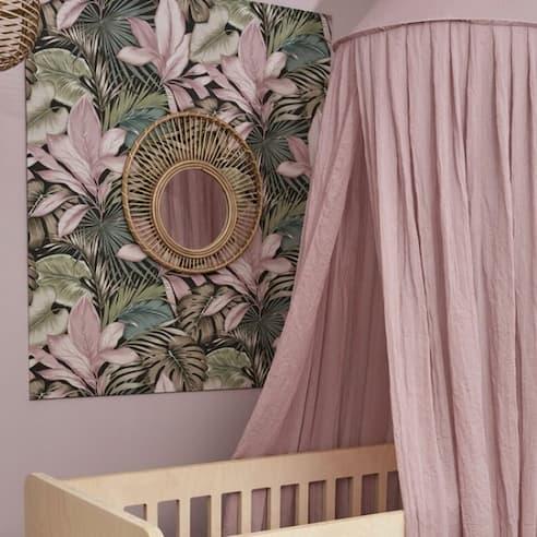 baldahin lila za otroško sobo