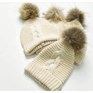 kapa s cofom za dojenčka