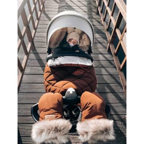 zimska vreča za otroški voziček in rokavice cimet 03